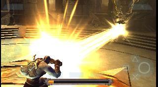 Screenshot Thumbnail / Media File 1 for God of War - Chains of Olympus (USA)