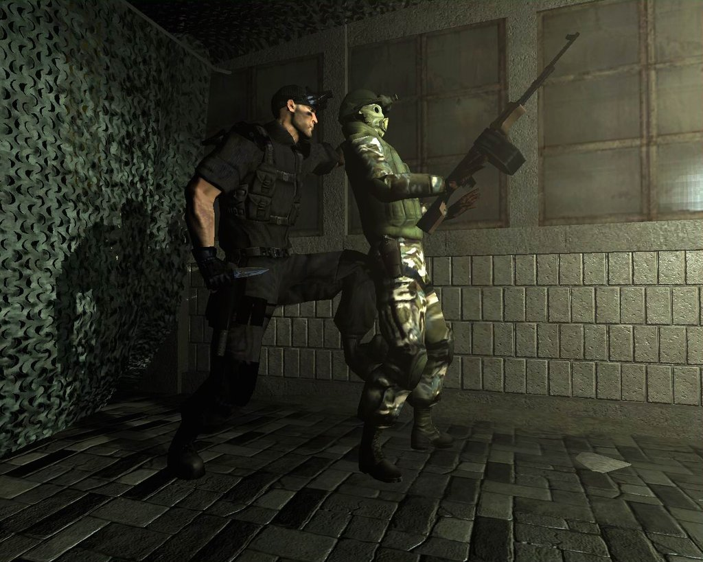 http://199.101.98.242/media/images/66374-Tom_Clancy's_Splinter_Cell_-_Chaos_Theory_(En,Fr,Es)_(Disc_1)-1444664855.jpg